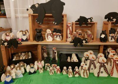 Holiday Pop Up Shop Bears & Snowmen